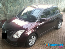 jual suzuki swift 2008 a t burgundy on burgundy