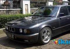 jual bmw 520i a t 1992 hitam metalik