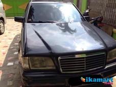 jual mercedes benz c200 1997 hitam