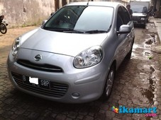 jual nissan march 2011 silver mulus abiss