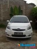 jual yaris j a t 2012 limited edition putih