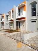 townhouse mewah 2lantai dg nilai investasi menguntungkan, bebas banjir di panorama bintaro