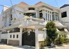 rumah sudut cantik nan mewah dalam perumahan tengah kota makassar