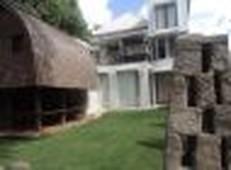 villa minimalis tepi sungai view mirip ubud, di kendedes denpasar